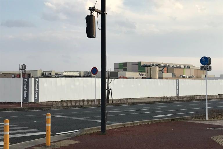 【市原市】またまた更級に大型店舗か? 建設中の現場はアリオの裏砂利の駐車場跡地!
