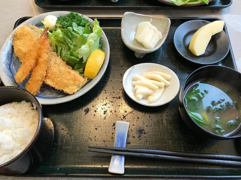 白身魚と海老のフライ定食